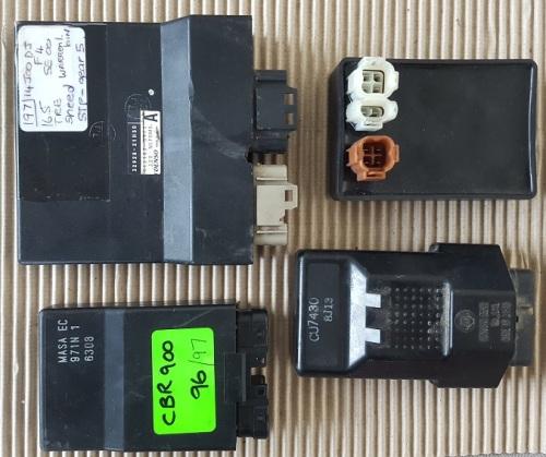 9  Yamaha YZF R1 02 03 ecu cdi unit