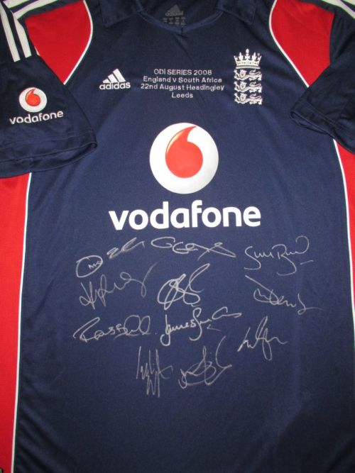 c77646f227c Sporting Memorabilia - England ODI Cricket Shirt 2008 - Signed was ...