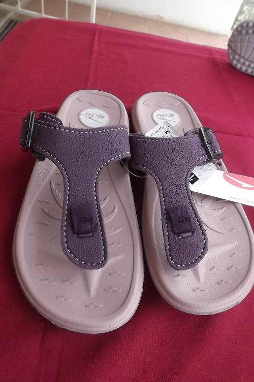 Best Thailand Kito Sandals 7 Pair the Size Of In From yfb6IY7gv