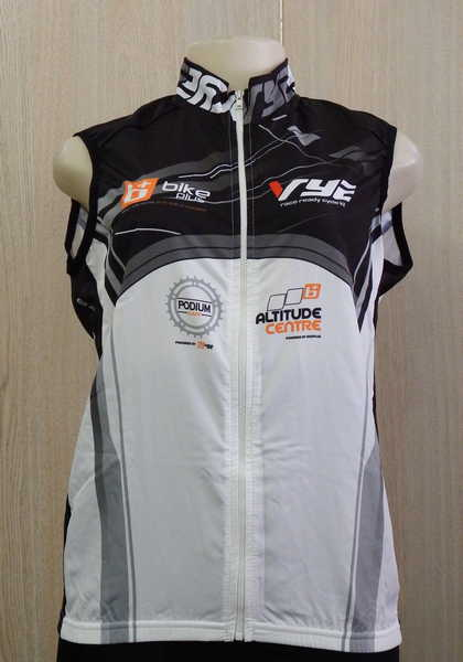 Brand new Vye Cycles ladies Gilet sleeveless cycling shirt - Size   Medium ac8c08504
