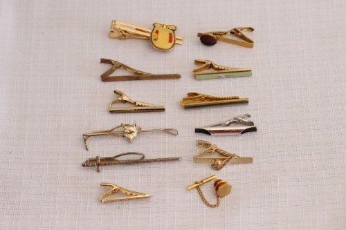 Tie Pins & Clips - An awesome collection of 12x assorted vintage gents tie pins sets incl ...