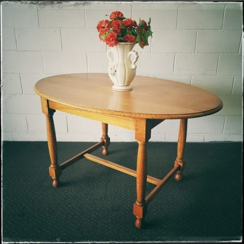 Tables an awesome vintage solid oak 6 seater oval dining for 10 seater solid oak dining table