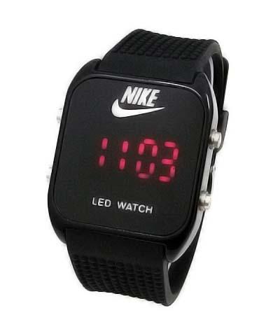Amazon.com: Nike+ SportWatch GPS Powered by TomTom ...