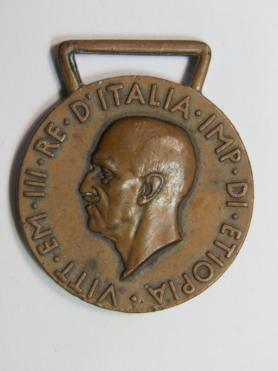 WW2 Italian War medal - no ribbon