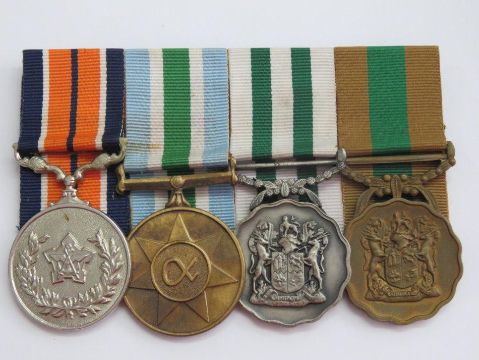 Good service Bronze Good Service Silver Unity 1994 General Service Unity is no 007 007 !