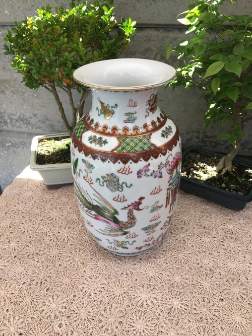 Oriental Porcelain Wow Absolutely Beautiful Chinese Vase With