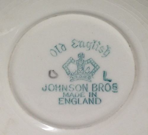 DUO- ENGLAND--JOHNSON BROS -MAKERS MARKMARK!!GREAT COUNTRY HOME KITCHEN  DECOR!!