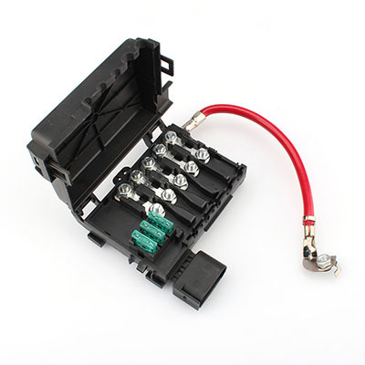 the fuse when the fuse will be in a few seconds, play the role of  circuit protection  commonly used in car circuit overcurrent protection,