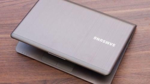 Laptops & Notebooks - Samsung Ultrabook Core i5 - 8GB - SSD