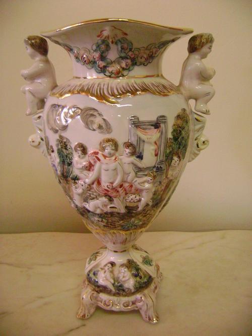 Other Porcelain Ceramics Stunning Capodimonte Italy Porcelain