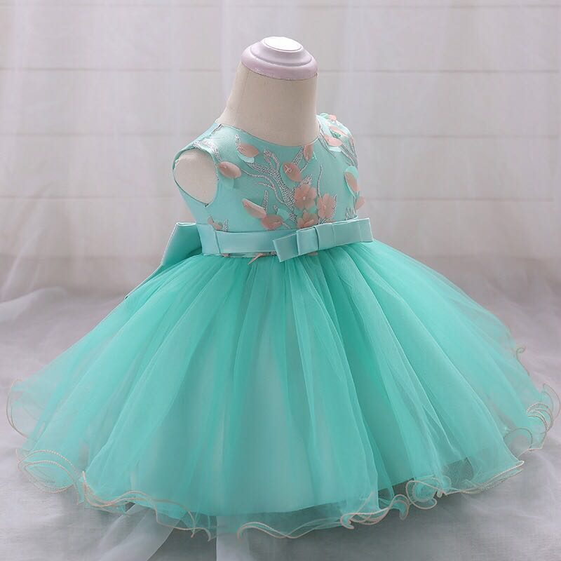 ee413bf3a87 New Arrivals2018 baby girls baby birthday dress girl princess dress  pettiskirt wedding dress 1-3yea