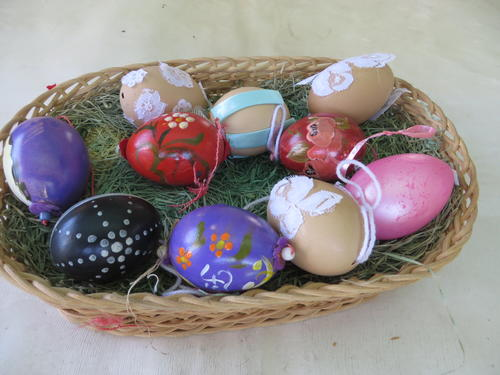 Other ornaments easter basket with nine eggs and one candle as easter basket with nine eggs and one candle as per scan negle Images