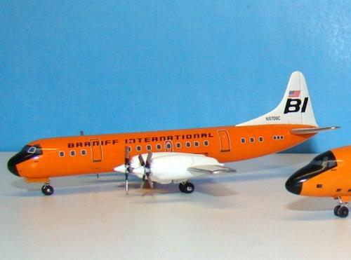 Lockheed L-188 Electra Braniff International 1/400 - Die Cast Model  (ACN9706C)