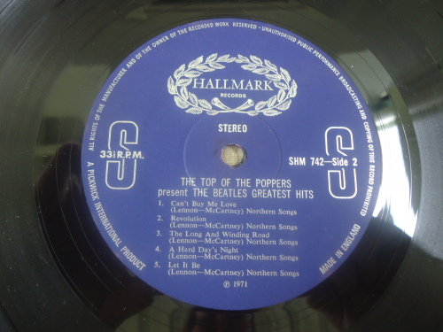 Pop - THE TOP OF THE POPPERS PRESENT THE BEATLES GOLDEN HITS