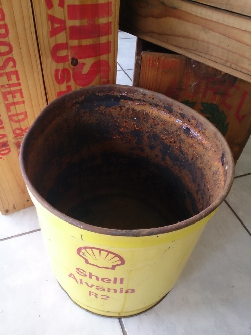 Advertising - Old SHELL Alvania R2 15kg Grease Tin! was