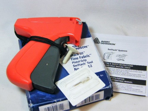 Avery Dennison Mark 3 fine fabric pistol grip swiftach tool