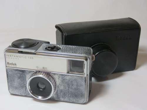 Kodak Instamatic 133 film camera in original plastic case