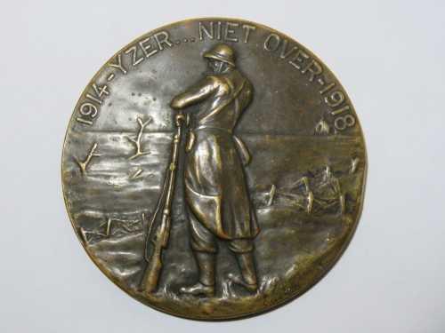 WW1 Belgium battle of Yser Houder van de Vuurkaart medallion issued to Charles Joseph Smet