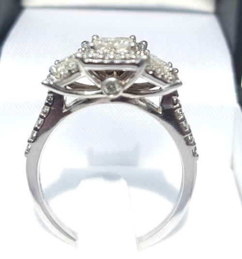 Diamond Rings For Sale Durban: Engagement Rings - **JAW DROPPING