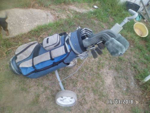 GOLF SET MUST !!!!!SELF COLLECT IN ROBERTSON!!!!!