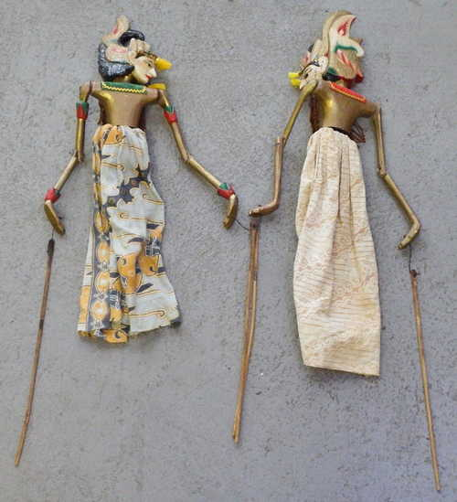 Unieke Antieke - Pair of Indian wooden Marionette dolls