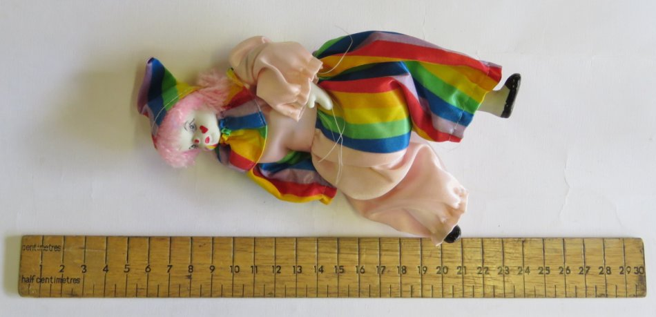 Unieke Antieke - Vintage small porcelain clown doll (Powered by
