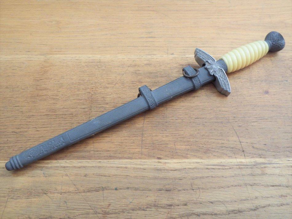 Replica German WW2 Luftwaffe dagger - 42cm