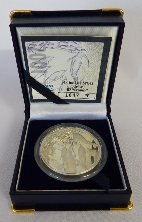 Marine Life Series dolphins  - Silver proof R2 - 2001 - as per photo