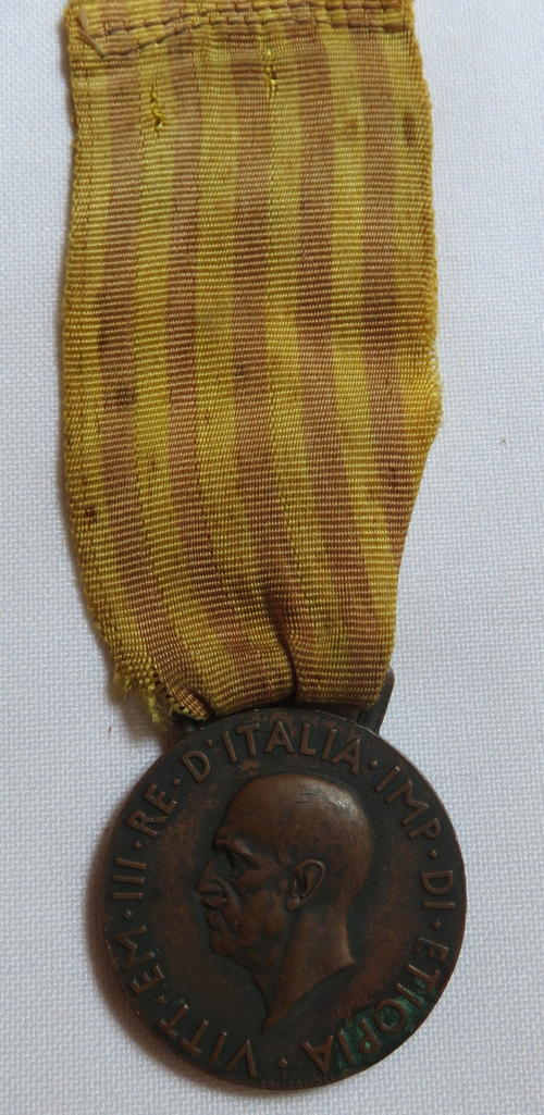 World War 2 - ITALIAN WW2 MEDAL FOR OPERATIONS IN EAST