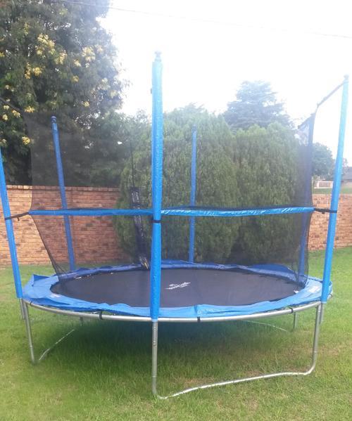 Bounceking 10 Foot Air Max Trampoline Combo