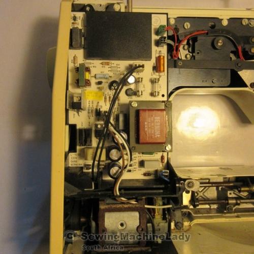 Sewing Machines & Overlockers - BERNINA 1030 MOTOR AND BOARD