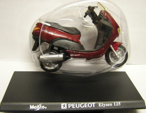 Maisto Diecast Model Motorcycle Bike Scooter Peugeot Elyseo 125 1/18 scale  new in pack