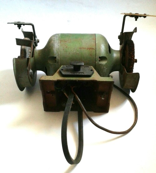 Other Tools Bench Grinder Belt Drive Was Listed For R280 00 On 31 Mar At 14 31 By Cheltrad In Worcester Id 328933843