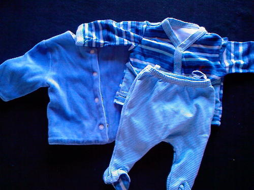 Buying And Selling Baby Clothes Online