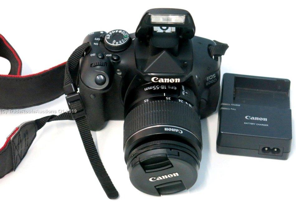 Digital SLR - Canon EOS 600D DSLR CAMERA with Canon 18-55
