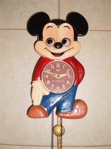 Cuckoo Amp Wall Clocks Mickey Mouse Moving Eyes Chain