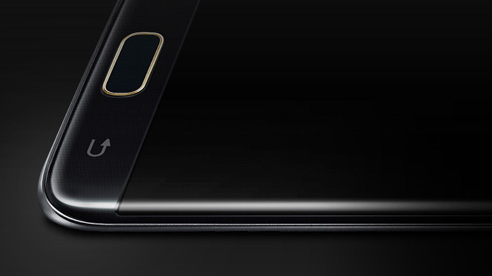 Closeup of the front camera of Galaxy S7 edge Injustice Edition seen from the top left