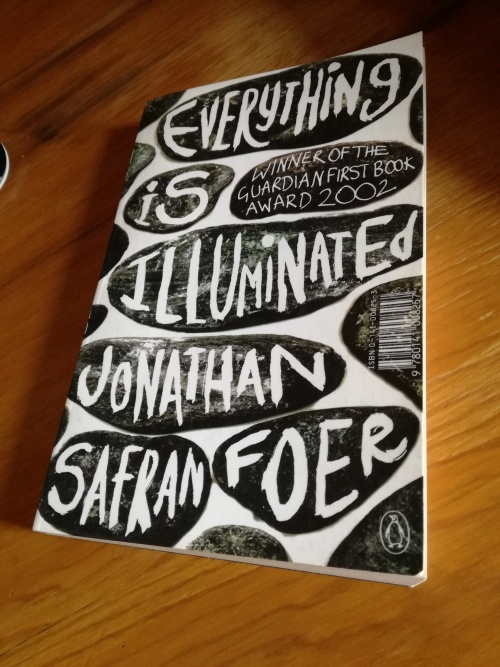 everything is illuminated thesis paragraph Reading group guide everything is illuminated by jonathan safran foer questions for discussion we hope the following questions will stimulate discussion for reading groups and provide a deeper understanding of everything is illuminated for every reader.
