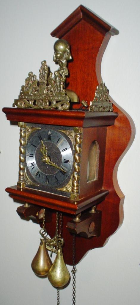 Cuckoo Amp Wall Clocks Wow Antique Zaanse Dutch Wall