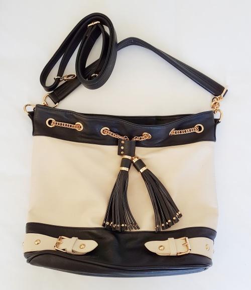 9c424efc398296 Handbags   Bags - GORGEOUS COLETTE HAYMAN HANDBAG! was listed for ...