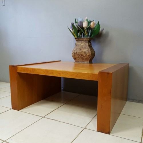 A Stylish Modern Cherry Wood Occasional/ Coffee