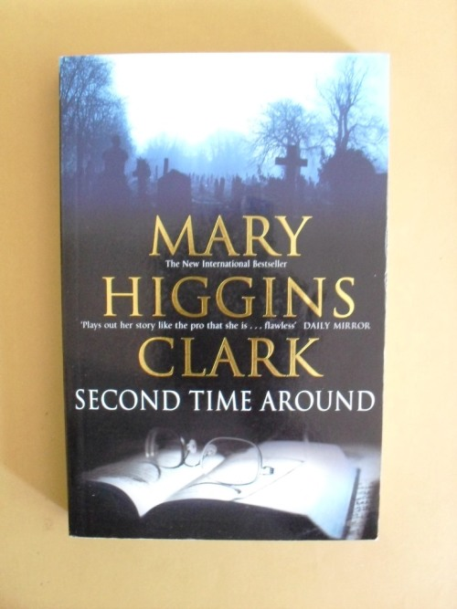 a book report on all around the town a novel by mary higgins clark In remember me, her new psychological thriller, mary higgins clark has created a riveting tale of suspense revolving around a young mother's guiltmenley nichols has never stopped blaming herself for the accidental death of her two-year-old son bobby, even though she was blameless - her car had been struck by an oncoming train at a.