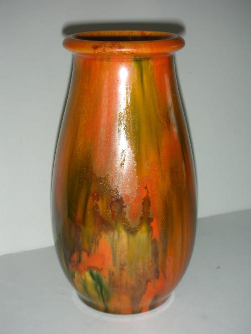 English Porcelain Exceptional Crown Ducal Dripware Vase 19 Cm For