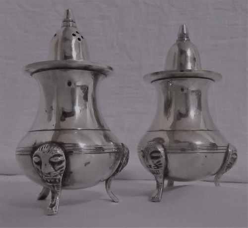 Silver This Is Really Elegant Silver Plated Salt And