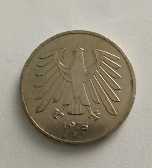 europe 1975 j deutsche 5 mark was sold for on 19. Black Bedroom Furniture Sets. Home Design Ideas