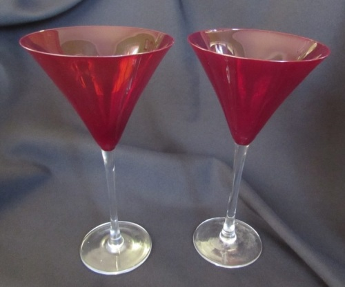 Drinking glasses stemware set of 2 lenox holiday gems for Holiday stemware