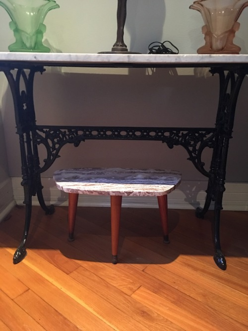 Tables - VICTORIAN MARBLE TOP CAST IRON BASE TABLE - PRICE