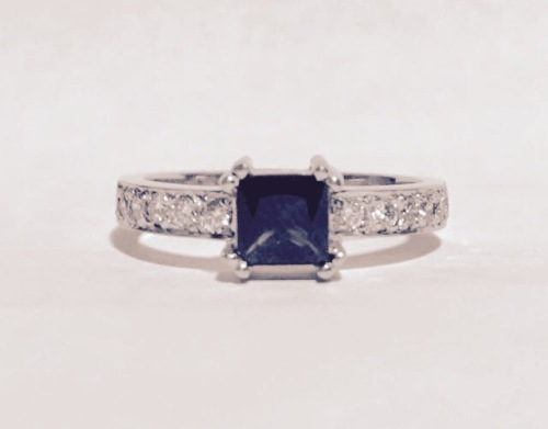 Engagement Rings Sapphire and diamond engagement ring was listed for R15 00