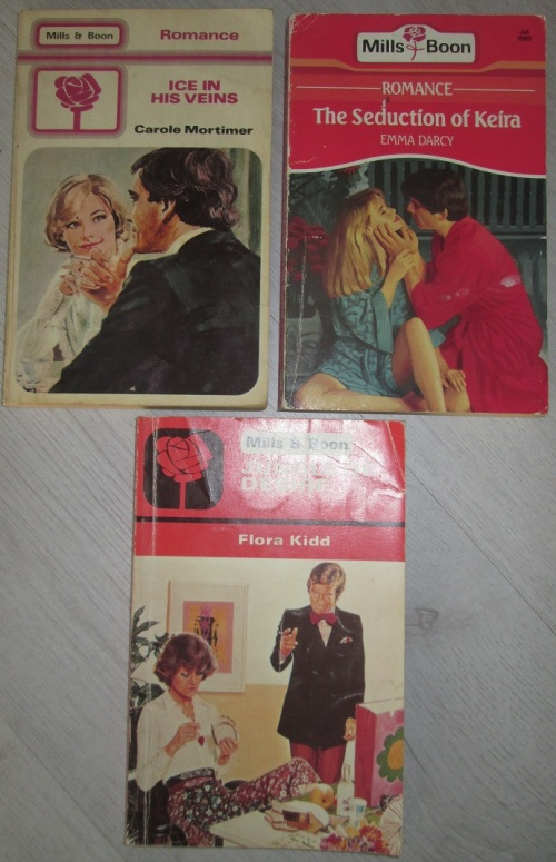 3 Old Mills & Boon Books - R5 for all 3