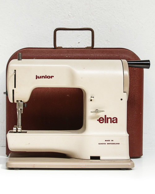 Other Collectable Toys ELNA JUNIOR SEWING MACHINE BOOKLET DATED Amazing Elna Junior Sewing Machine